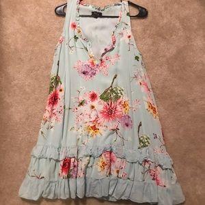 Dresses & Skirts - Papillon Dress Size M